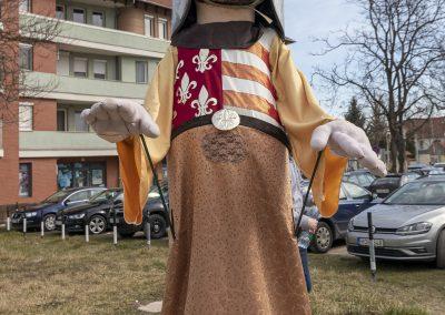 saint-george-giant-puppet